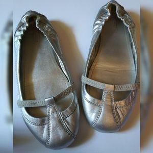 Coach Verra Women's Slip On Leather Ballet Flats
